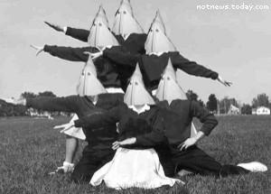 Republican cheerleading squad