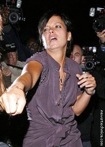 Lily Allen will punch your facking lights out