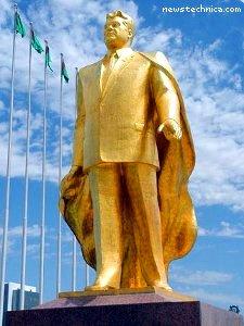 Gold statue of Turkmenbashi