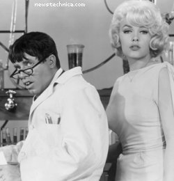 Jerry Lewis and Stella Stevens in The Nutty Professor